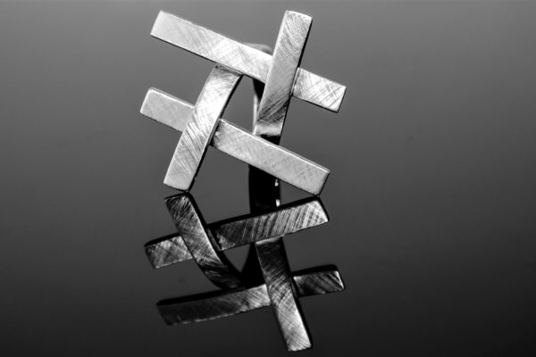 Ringe-Gold-Goldschmuck-Damen-Kreuze-Männerecke-Goldschmuck-Trauringe-Schmuck-Anhänger-Ohrringe-Trauringkurs-Goldschmiedekurse-GoldschmiedeSchiffmann-SchmuckmanufakturNürnberg-Onlineshop