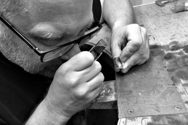 Unikate, Männerecke, Schmuck, Ringe, Trauringe, Trauringkurse und Goldschmiedekurse in der Goldschmiede Schiffmann, Schmuckmanufaktur in Nürnberg mit Onlineshop